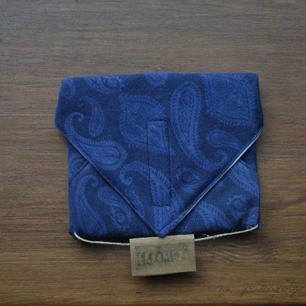 Erdőmező szalvéta kék paisley mintás