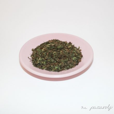 Fodormentalevél morzsolt