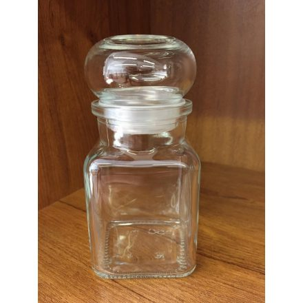 Négyszögletes üveg, üveg tetővel 150 ml